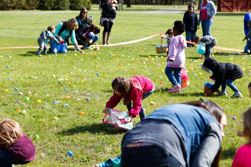 Easter Egg Hunt-076
