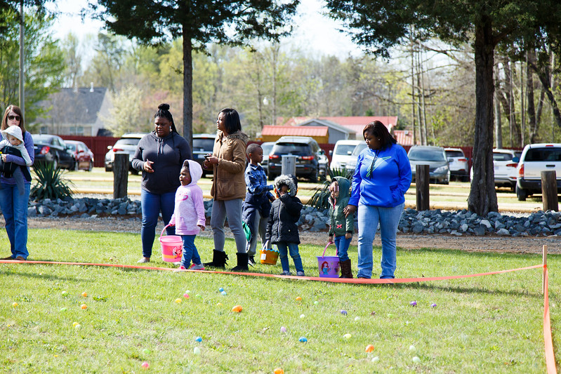 Easter Egg Hunt-041