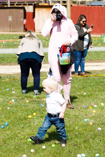 Easter Egg Hunt-093