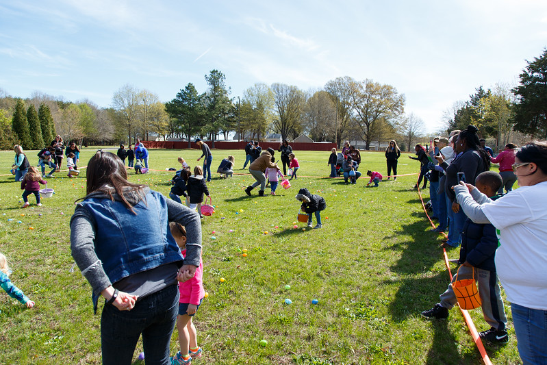 Easter Egg Hunt-088