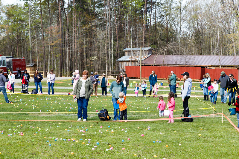 Easter Egg Hunt-015