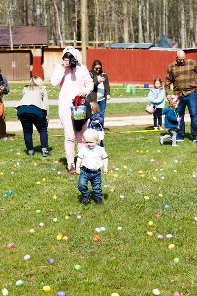 Easter Egg Hunt-092