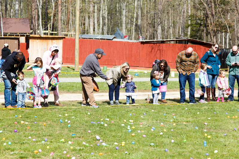 Easter Egg Hunt-065