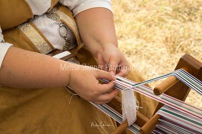 Weaving technique in action