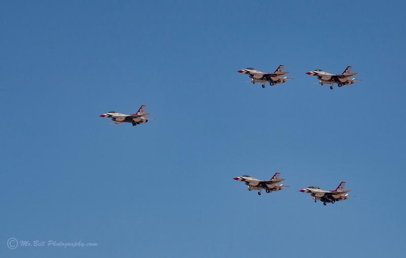 Thunderbirds - 5 formation