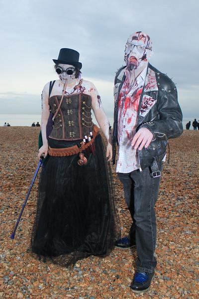 Beach of the Dead IV-7982