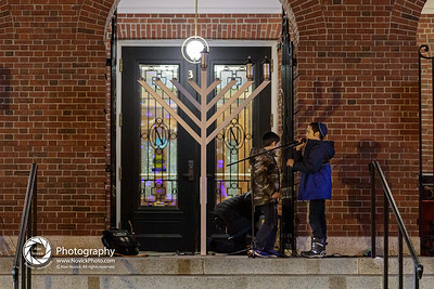 NeedhamChanukahMenorah2019-54182129