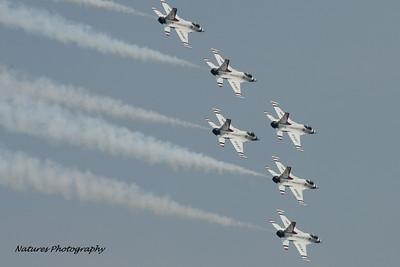 All 6 U.S. Air Force Thunderbirds