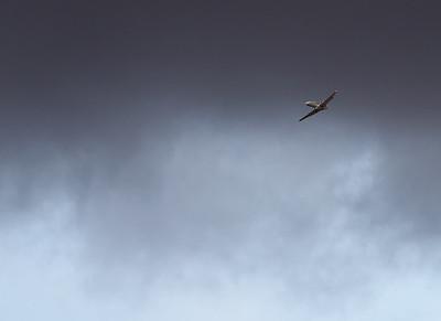 N800CZ - Stormy Approach