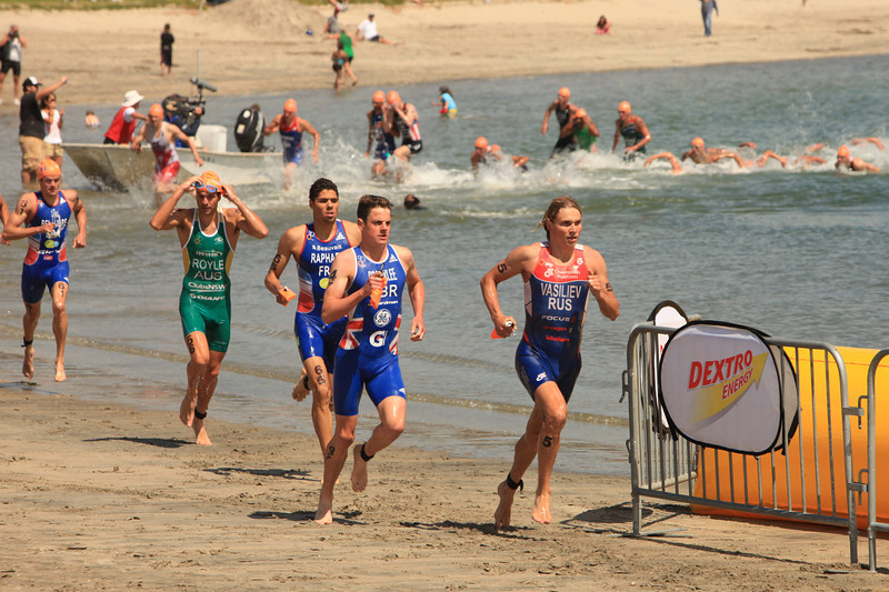 ITU Triathlon - San Diego - Olympic Qualifying Event, Men's Elite Division- May 12, 2011 - Swim Event - [© 2012 Cynthia Hedgecock]