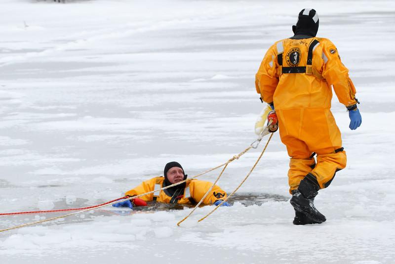 Ice Resuce (4)