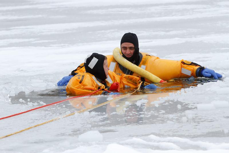 Ice Resuce (8)