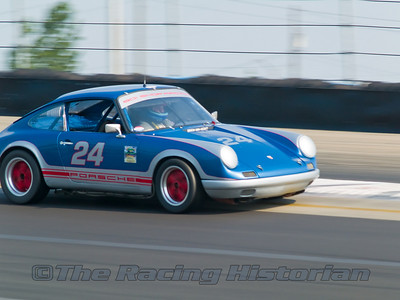 1966 Porsche 911 at the 2007 HSR Watkins Glen Historic Races