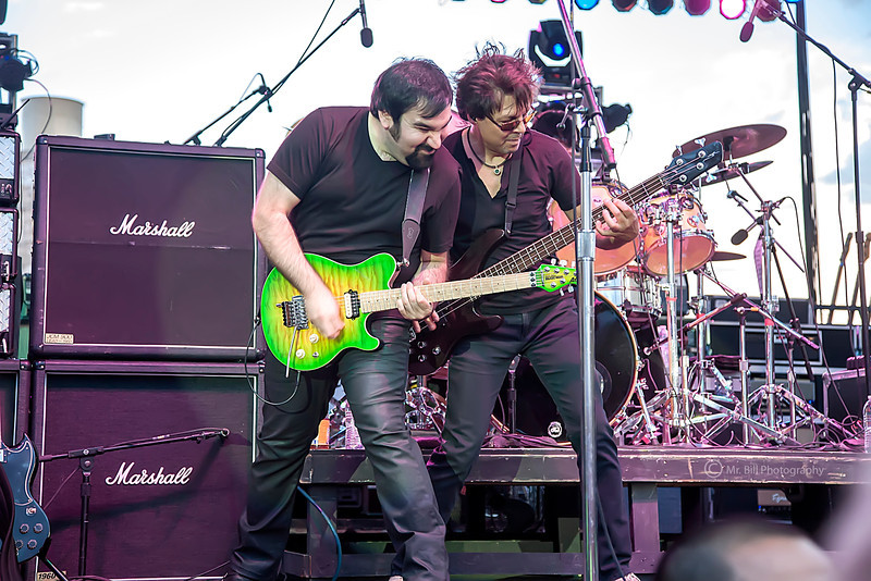 Richie Castellano (guitars) + Kasim Sulton (Bass) of Blue Oyster Cult @ Streetfest El Paso 2012