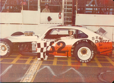 Doug Hewitt Modified