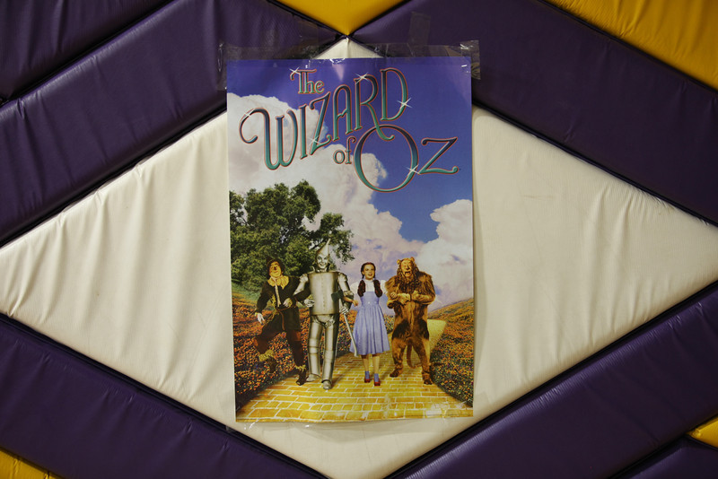 The Wizard of Oz sign