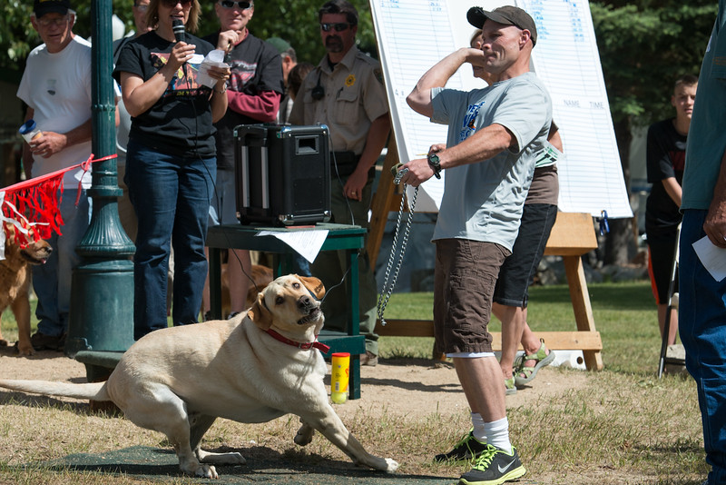 Big dog winnder.  Barney is jumping the gun a bit.  Tracey Forgren of Cascade has to feed this brute.