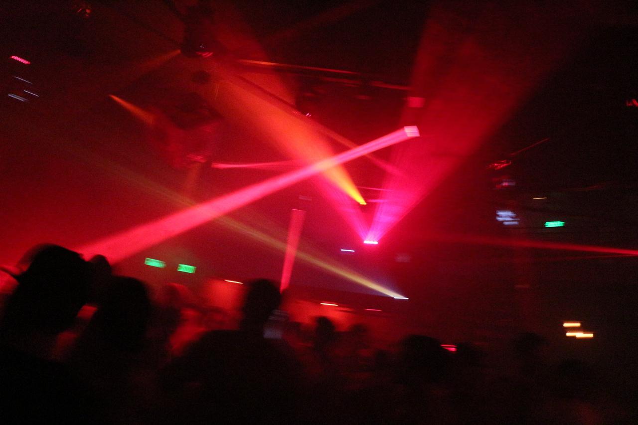 2014-03-08 White Pary PS Kick Off @ Beatbox 1200
