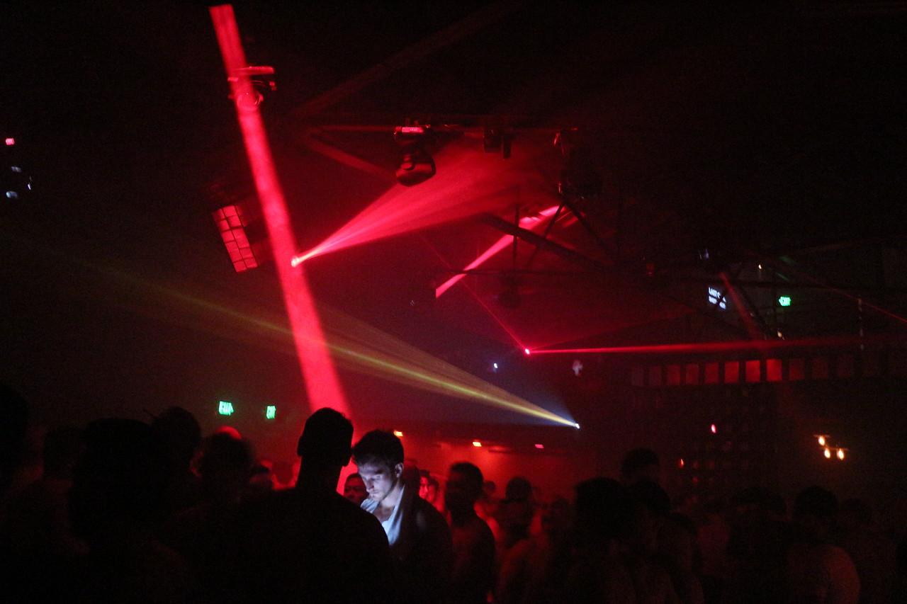 2014-03-08 White Pary PS Kick Off @ Beatbox 1208
