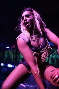 2014-05-25 Hero @ Ruby Skye 054