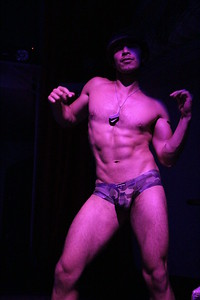 2014-05-25 Hero @ Ruby Skye 024