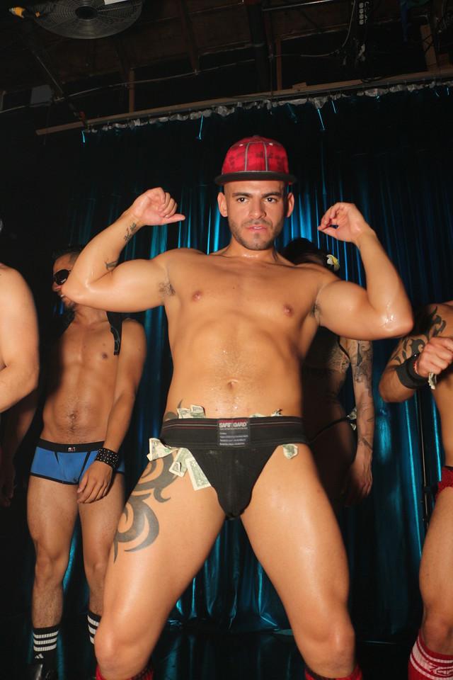 2014-03-21 Valentino Birthday Latin Explosion Club 21 340
