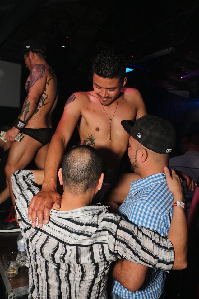 2014-03-21 Valentino Birthday Latin Explosion Club 21 1477