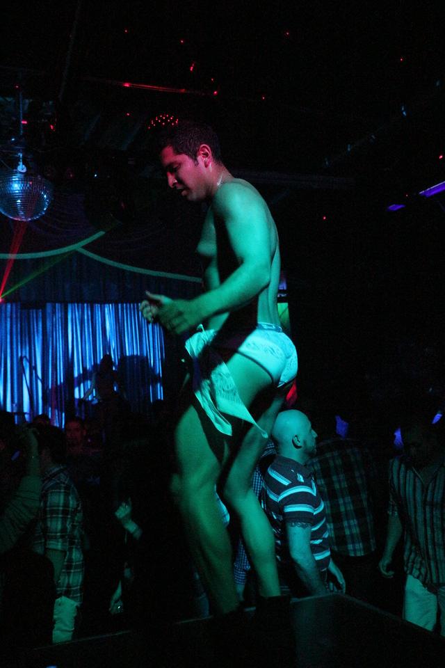 2014-03-21 Valentino Birthday Latin Explosion Club 21 050