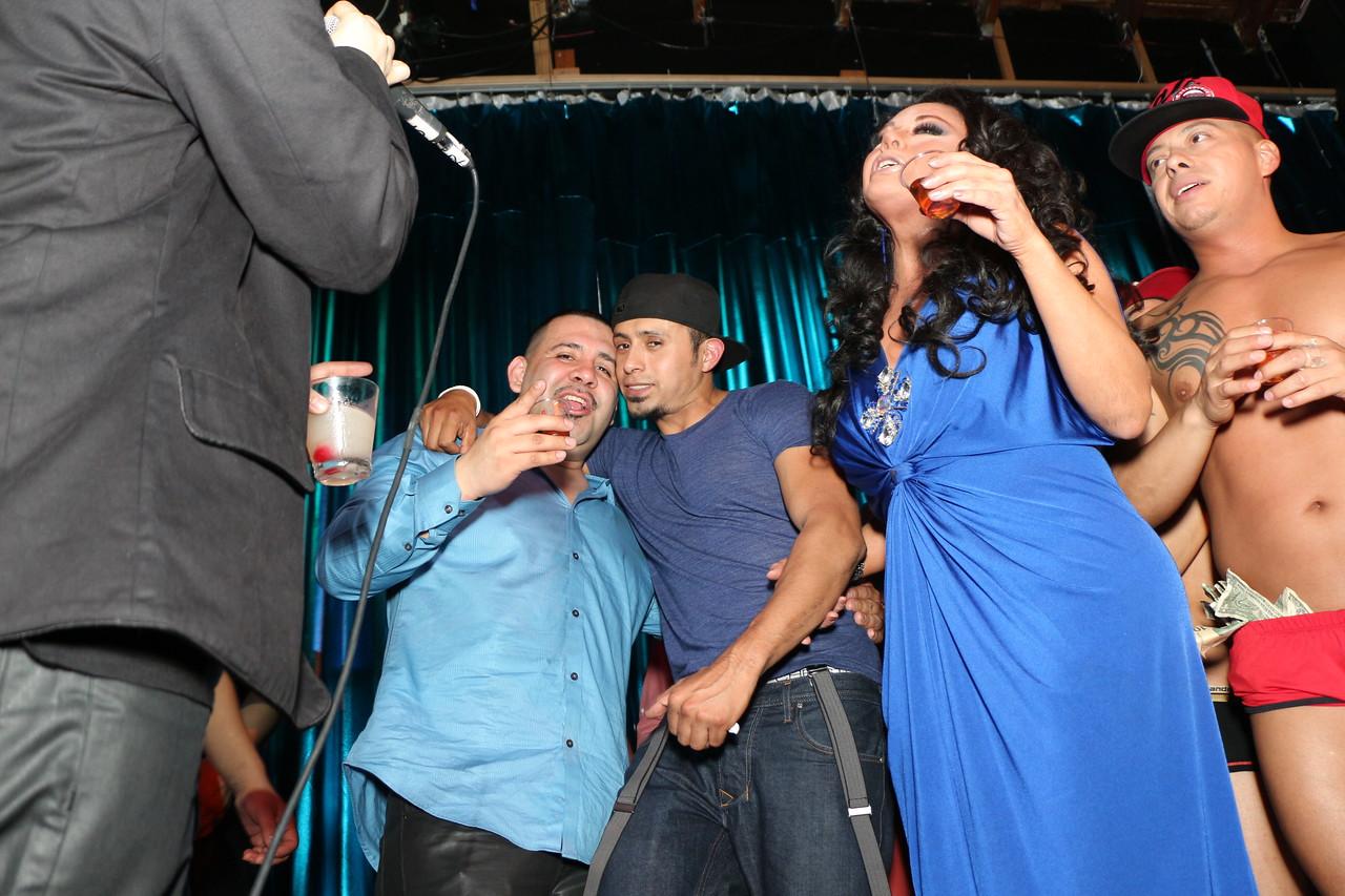 2014-03-21 Valentino Birthday Latin Explosion Club 21 1064