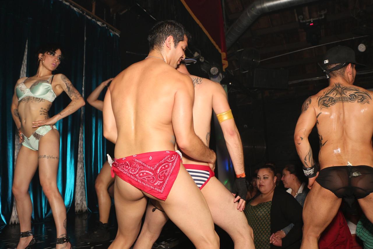 2014-03-21 Valentino Birthday Latin Explosion Club 21 1353