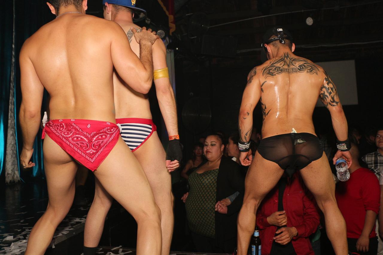 2014-03-21 Valentino Birthday Latin Explosion Club 21 1349
