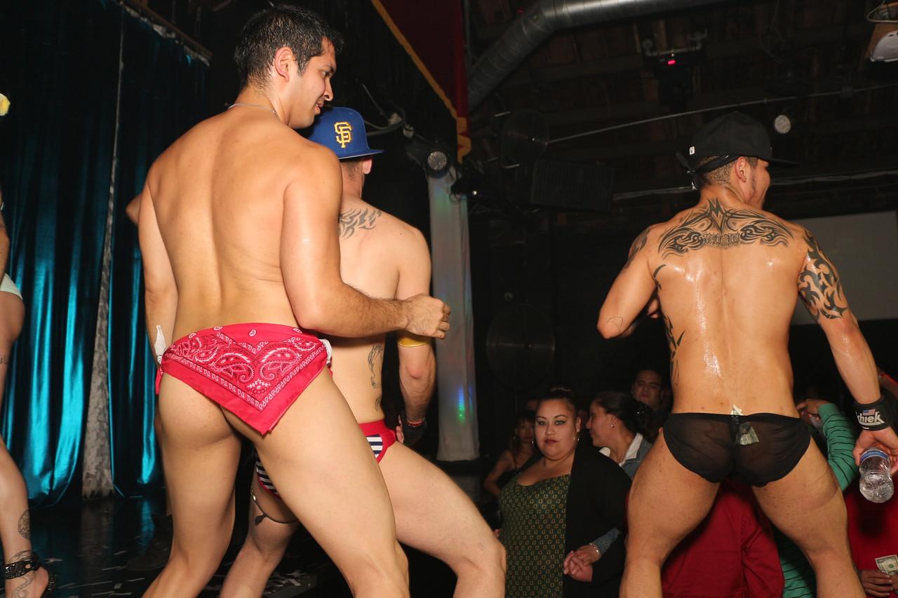 2014-03-21 Valentino Birthday Latin Explosion Club 21 1352