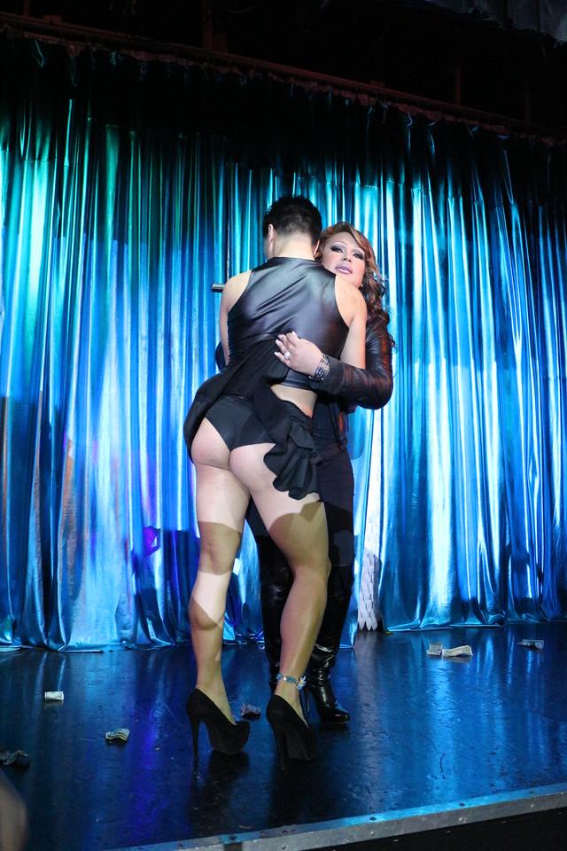 2014-03-21 Valentino Birthday Latin Explosion Club 21 894
