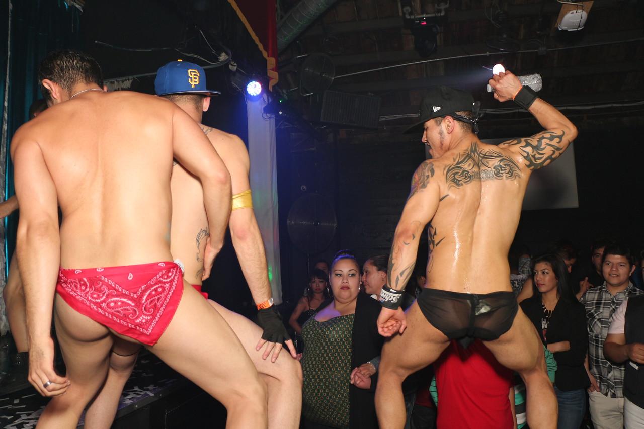 2014-03-21 Valentino Birthday Latin Explosion Club 21 1356