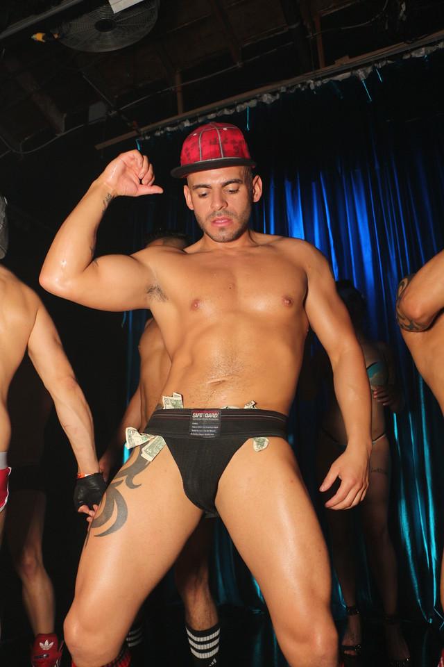 2014-03-21 Valentino Birthday Latin Explosion Club 21 335