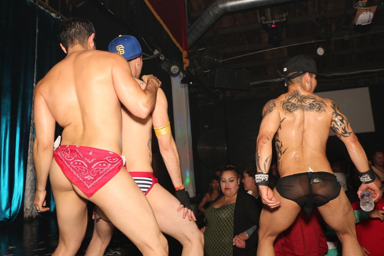 2014-03-21 Valentino Birthday Latin Explosion Club 21 1351