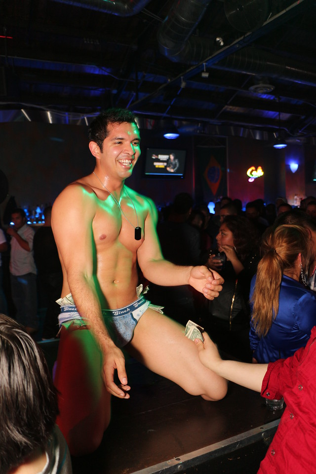 2014-03-21 Valentino Birthday Latin Explosion Club 21 170