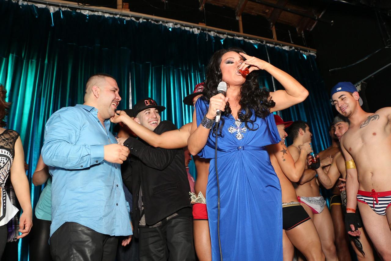 2014-03-21 Valentino Birthday Latin Explosion Club 21 1085