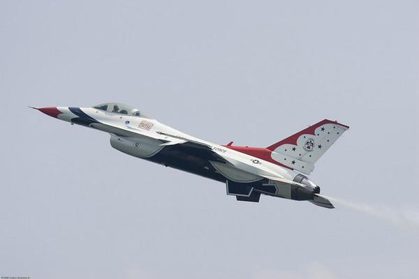 ThunderBirds_20070527__E2Q1273