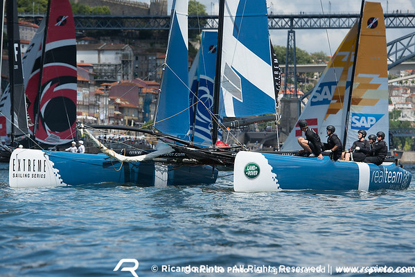 Day 3 at the Extreme Sailing Series - Act 5 - Porto