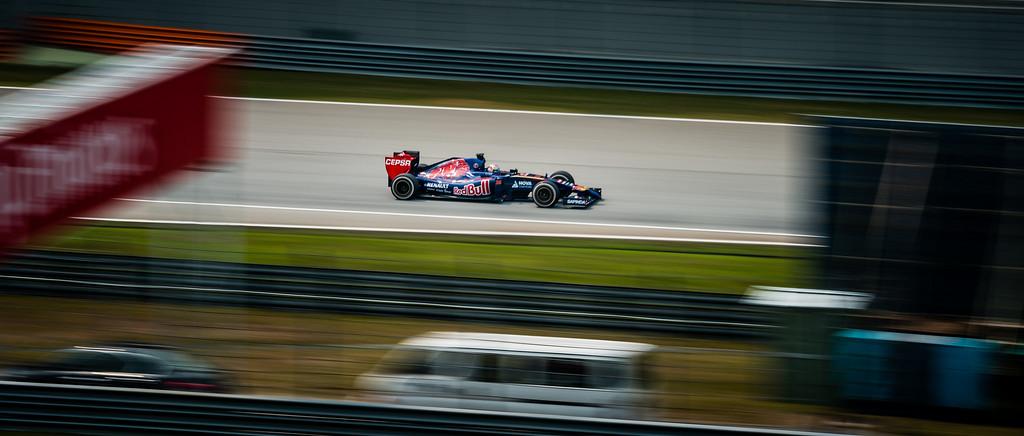 Practice Two - Jean-Eric Vergne - Car 25 - STR9 - Medium Tyres - Scuderia Toro Rosso