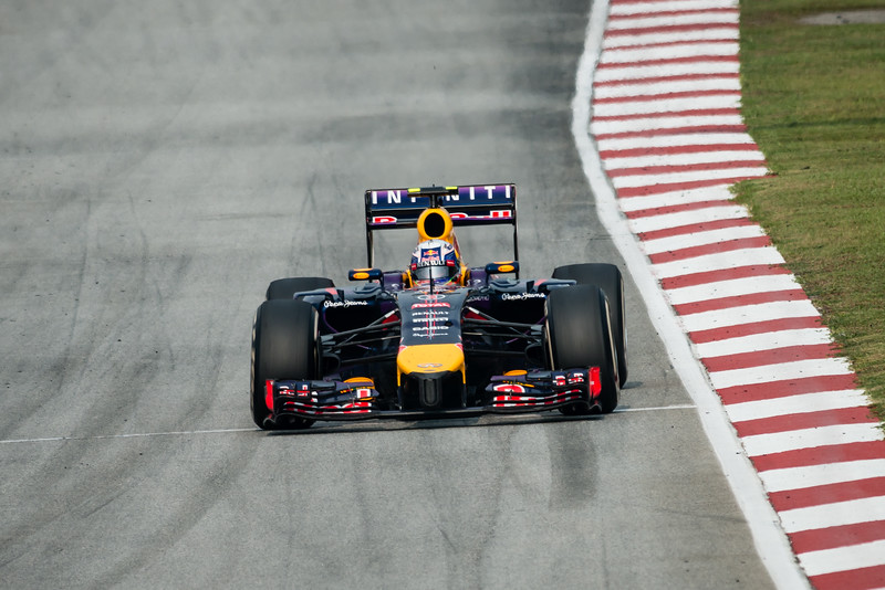 Race - Daniel Ricciardo - Car 3 - RB10 - Medium Tyres - Infiniti Red Bull Racing