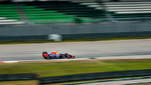 Practice Two - Daniel Ricciardo - Car 3 - RB10 - Hard Tyres - Infiniti Red Bull Racing