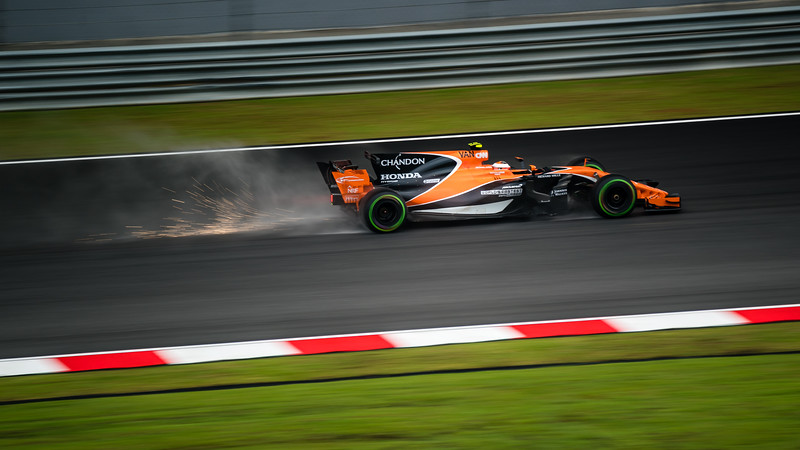 Stoffel Vandoorne - Car 2 - MCL32 - McLaren Honda
