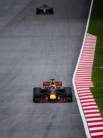 Daniel Ricciardo (Car 3 - RB13 - Red Bull Racing) & Valtteri Bottas (Car 77 - F1 W08 EQ Power+ - Mercedes)