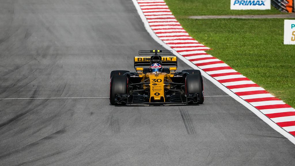 Jolyon Palmer - Car 30 - RS17 - Renault