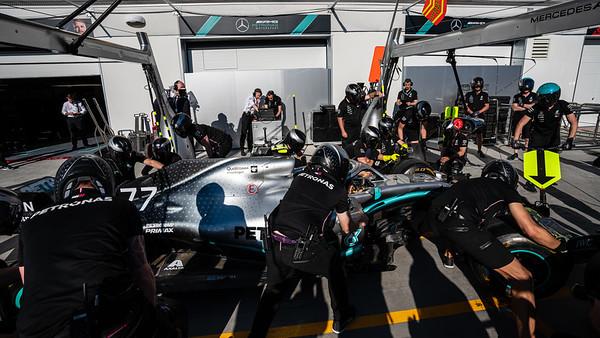 Mercedes pitstop practice