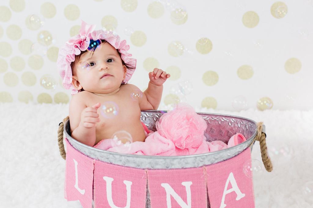 Luna6Months-4
