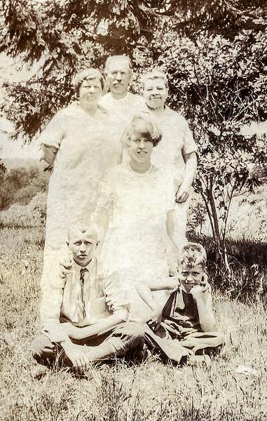 Edmunde, John Sr., Marin, John Jr., Muriel & neighbor