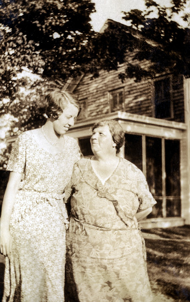 Muriel & Edmunde - Early 1930's